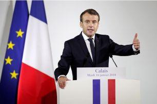 Emmanuel-Macron-l-impossible-en-meme-temps-sur-la-question-des-migrants