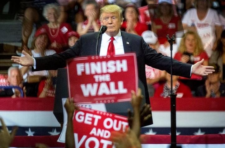Trump hace campaña en Florida por Ron DeSantis, candidato a gobernador
