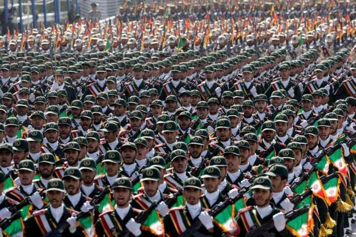Las-tropas-de-la-Guardia-Revolucionaria-de-Irán